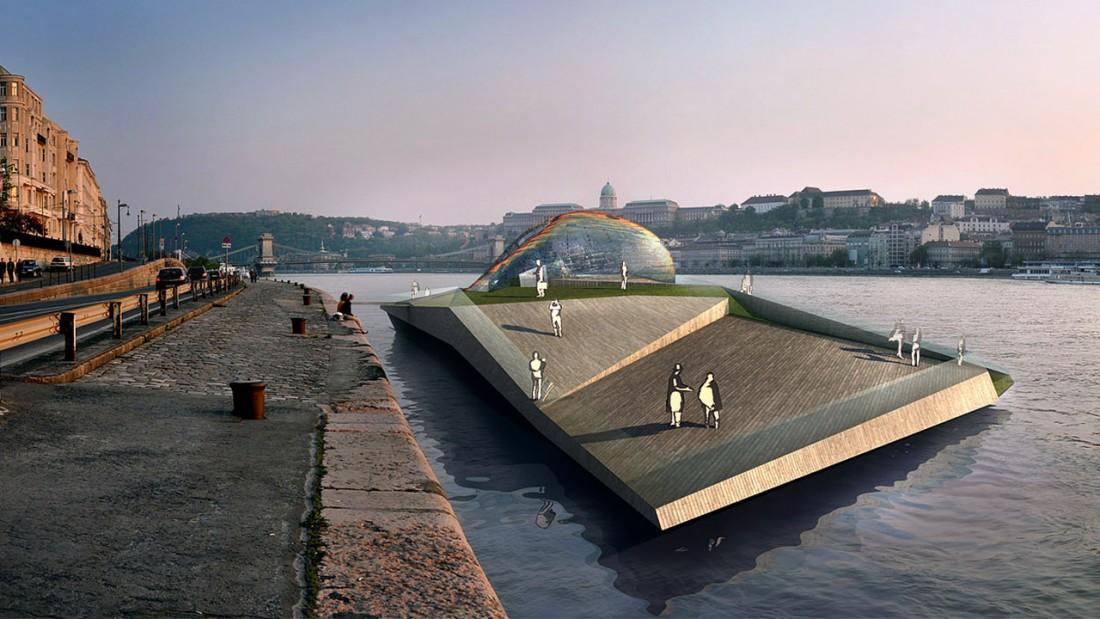SSR | Állóhajó a Dunán